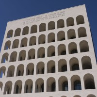 more square colosseum...