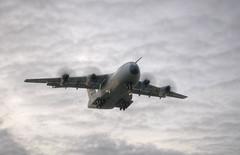 En primer lugar + vuelo + 3 A400M