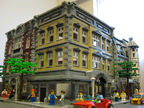 LEGO a-corb corner building