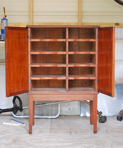 shoe cabinet open