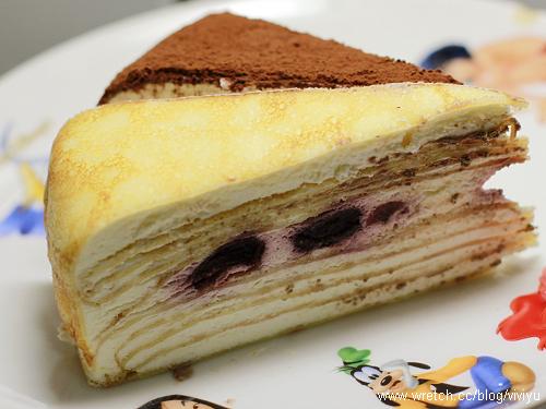 [試吃]塔吉特A款綜合口味千層派+岩燒凍感芒果蛋糕 @VIVIYU小世界