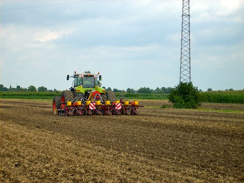 Foto AgroInnovare - macchine agricole per l'agricoltura di precisione