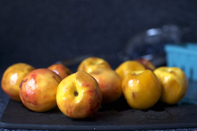 naked peaches
