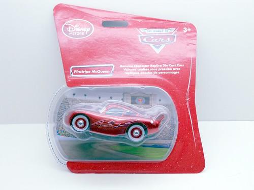 disney store CARS Pinstripe McQueen (1)