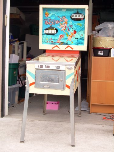 Scuba pinball machine