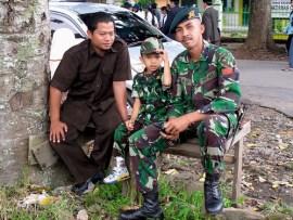 Die Faszination der Indonesier mit allem militärischem
