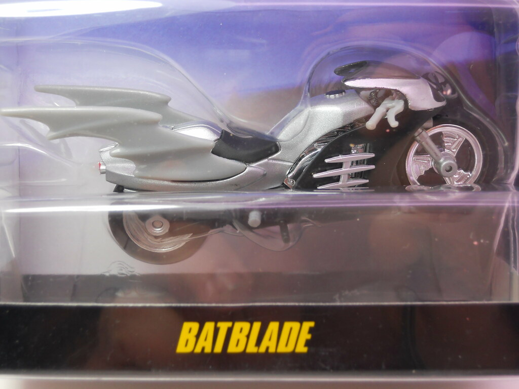 hw batmobile batblade (2)