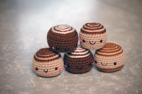 Amigurumi Cinnamon Buns