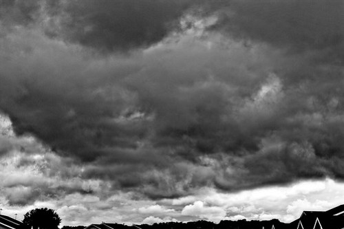 184/365 - Clouds rolling in