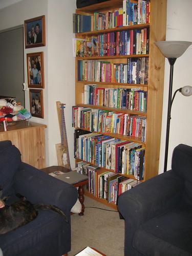 Lounge room, 1st corner (after)