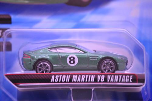 hw speed machine aston martin v8 vantage (2)