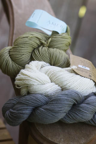 new yarn, for a new babe