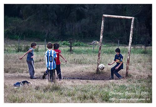 """El Potrero de los Chicos - Cañuelas • <a style=""""font-size:0.8em;"""" href=""""http://www.flickr.com/photos/20681585@N05/4794764725/"""" target=""""_blank"""">View on Flickr</a>"""