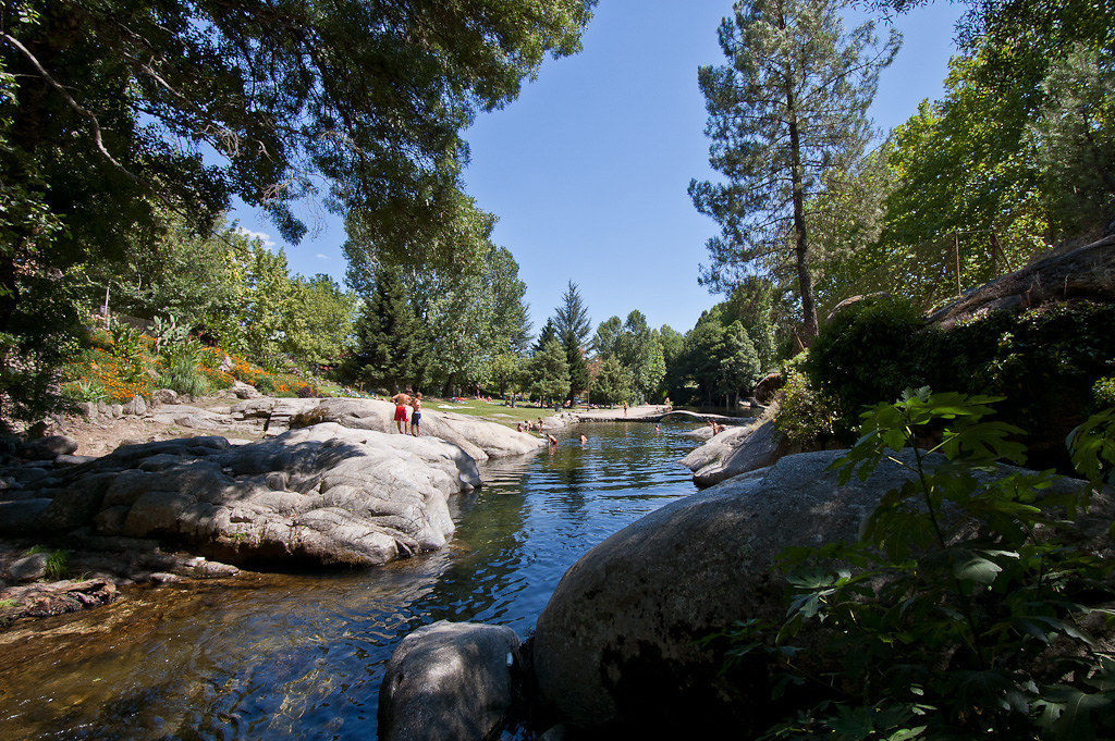 Piscina natural del rio Arenal en Arenas de San Pedro