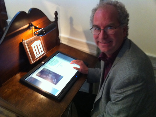 Internet Archive Reading Desk #bib10