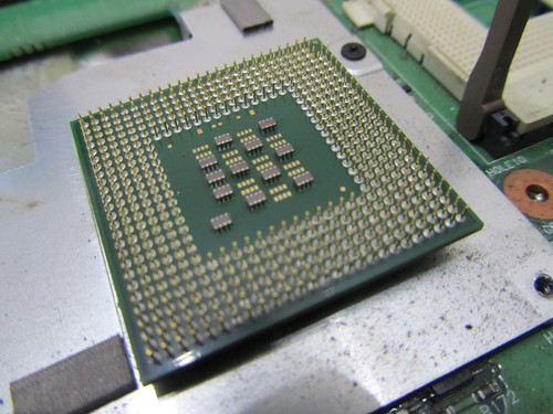 Pentium Intel Celeron 2.6 GHZ - bottom side
