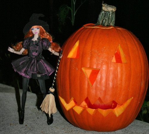 Witchy Amelie and the Jack O' Lantern