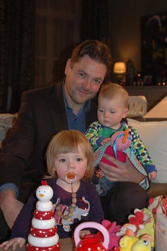 Tom met z'n twee kids