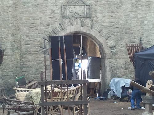 Gli interni del castello di Ward, durante le riprese