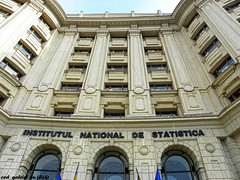 Institutul National de Statistica / National I...