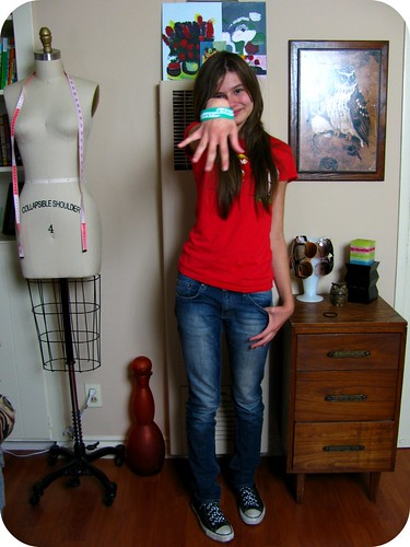 WARDROBE POST: RED BOWS & CUTE SMILES
