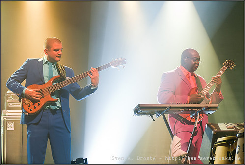 Ali Busse & Loomis Green / Jan Delay & Disko No.1