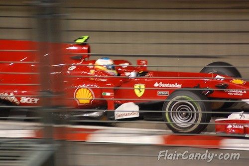F1 Singapore Grand Prix 2010 - Day 1 (40)