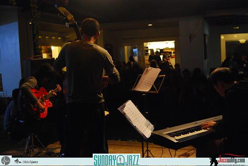 Riza-Arshad-Trio--Sunday-Jazz-October-2010 (10)