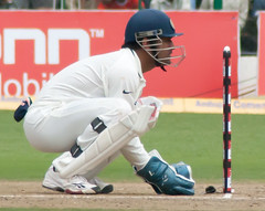 Dhoni keeping the wickets
