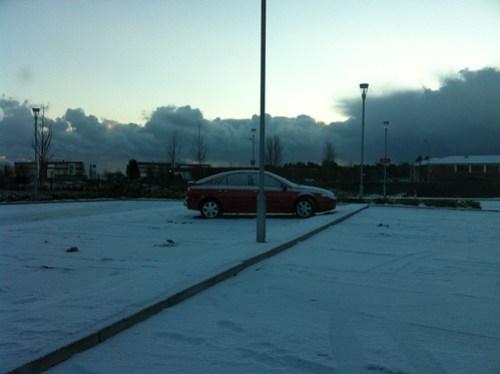 DkIT with snow