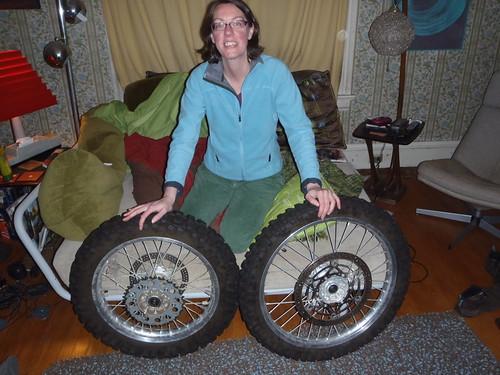 DRZ400S wheels wearing Pirelli MT21