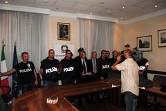 ROMA. COMMERCIANTI E POLIZIA INSIEME PER INCASTRARE AUTORI DI  RAPINA. PRESI.