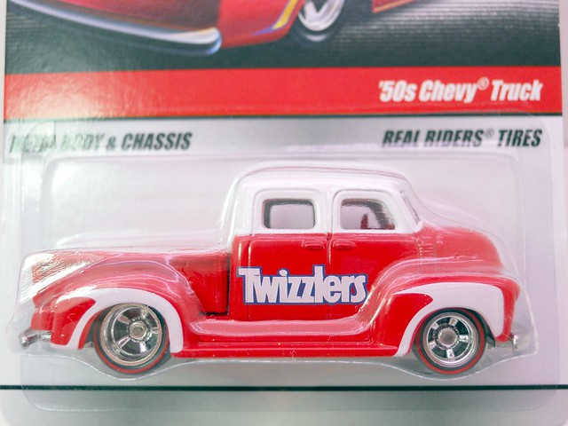 hot wheels delivery twizzlers '50s chevy truck  (2)