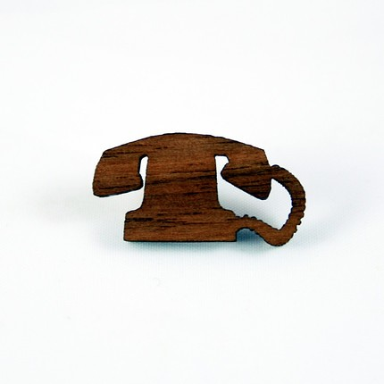 Pin Telephone
