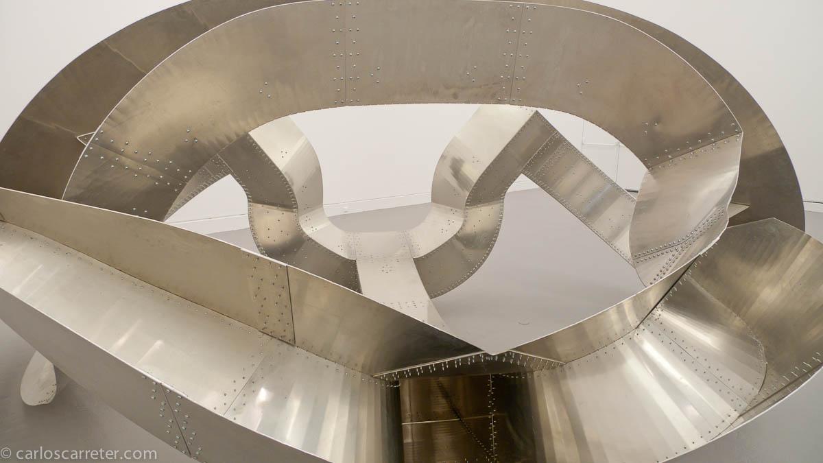 Richard Deacon (Museo de arte moderno y contemporáneo de Estrasburgo)