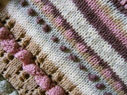 Eggie's sweater detail