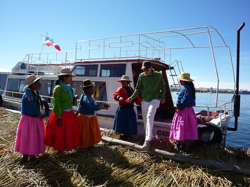Ankunft in Titimarca, Islas Flotantes im Titicacasee
