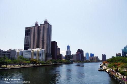 愛河河畔的美麗風景,令人流連忘返啊!