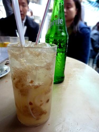 [香港有意思] 中環勝香園的凍鹹檸七「已篤檸檬」 @ 假裝是本記憶的日記 Part II :: 痞客邦