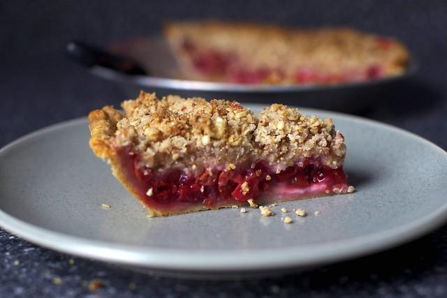 sour cherry pie slice