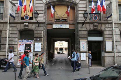 10g25 Leonor y Porte La Chapelle026 Hospital Leonor