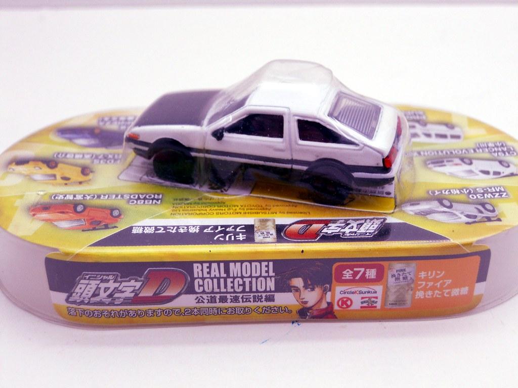 Initial D Toyota Trueno AE86 (2)