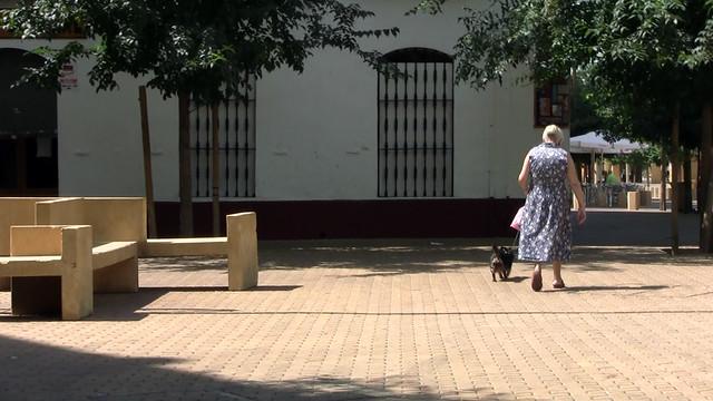 Las personas, especialmente las mayores, son las principales perjudicadas en este proceso de metamorfosis de San Luis, auspiciada a golpe de ladrillo y desalojo.