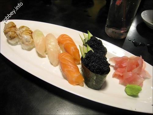 Robbey-SushiBar0041