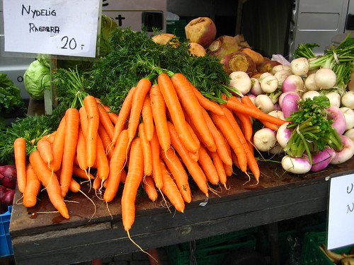 huge carrots in norwegian farmer's market