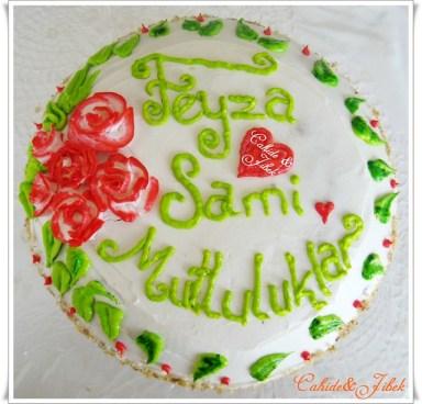 Kutlama Pastası