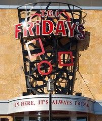 TGI_Fridays_sign