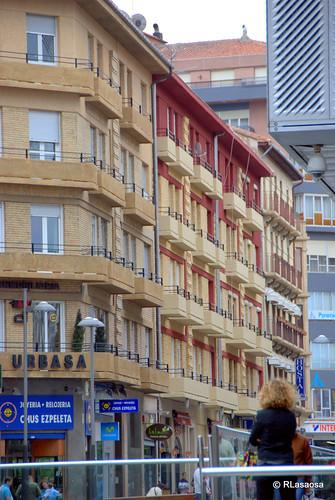 Edificios de viviendas en la calle Tudela
