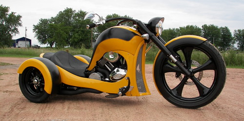 SS TRIKE - Front View
