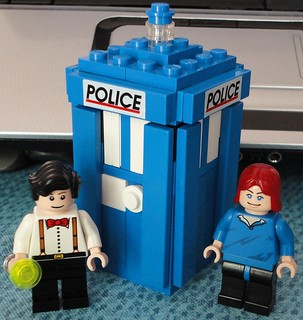 Doctor #11 and Amy with new TARDIS